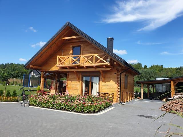 Krasnobród的民宿