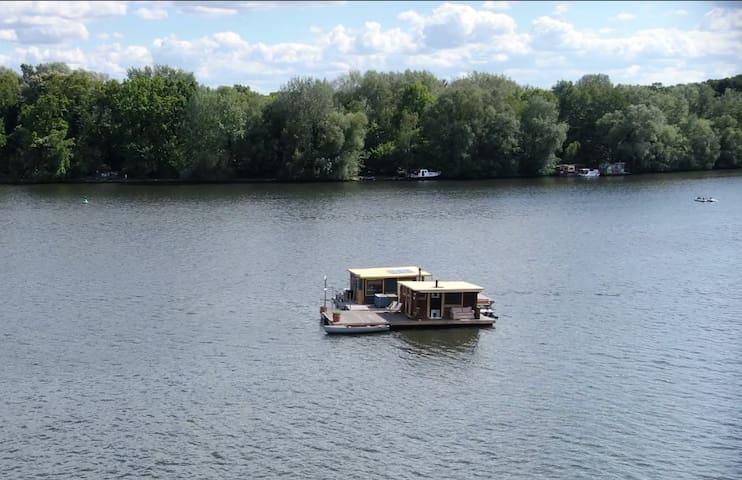 ♥ Deine eigene Insel ♥ Hausboot, Sauna & Tretboot
