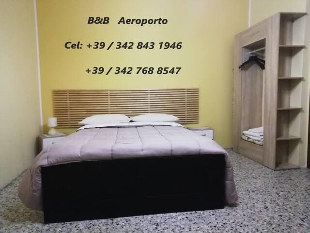 Azzano San Paolo的民宿