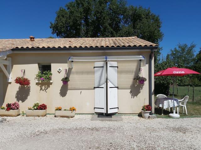 Générac的民宿