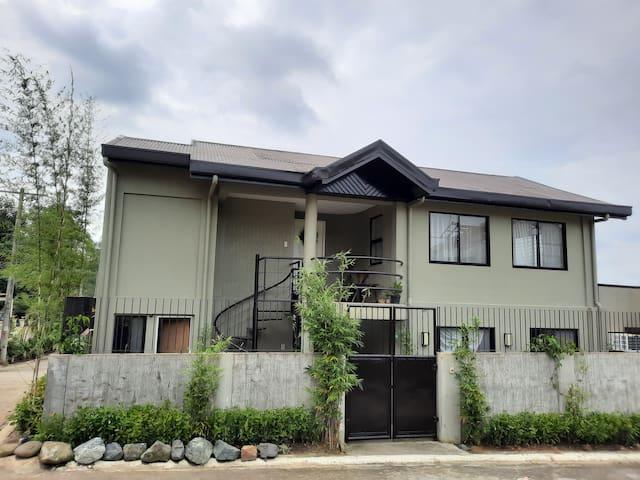Green Tagaytay House