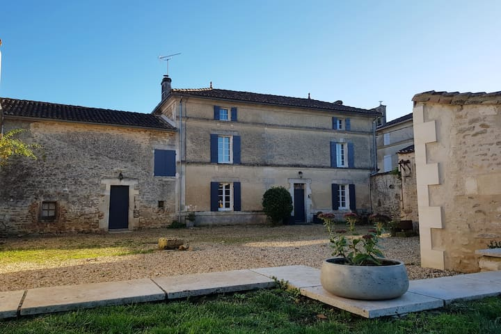 Saint-Simeux的民宿