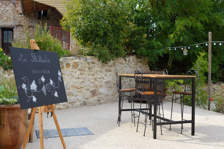 Cottage at the heart of the Champagne region