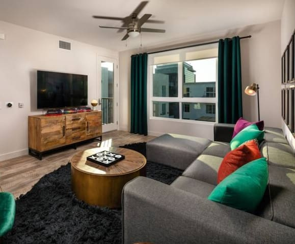 Stay in a place of your own | 2BR in Los Angeles