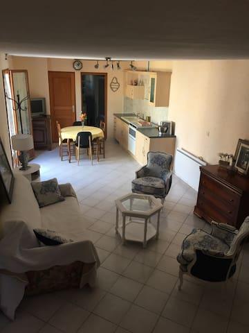 Maison athipique