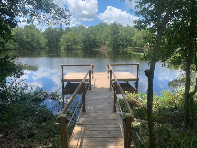 Secluded retreat ideal to fish or relax on pond.