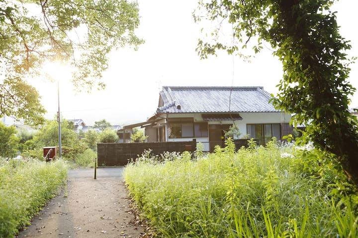 Kuroshio, Hata District的民宿