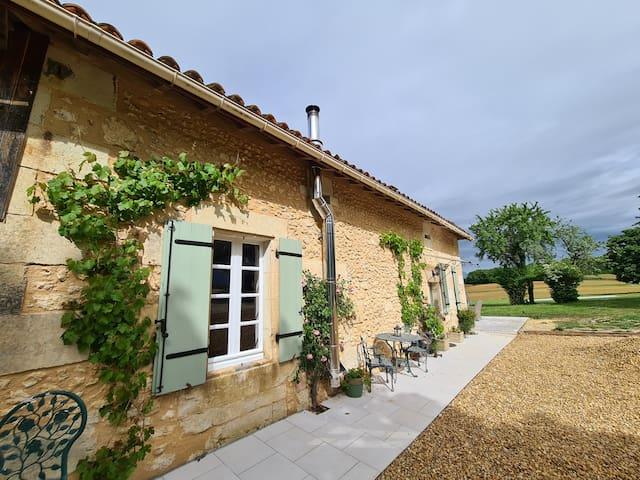 Saint-Privat-des-Prés的民宿