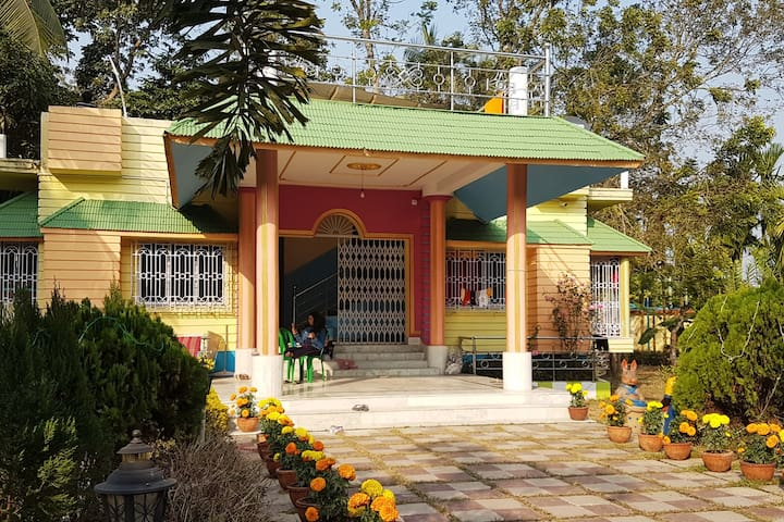 Ashoknagar Kalyangarh的民宿