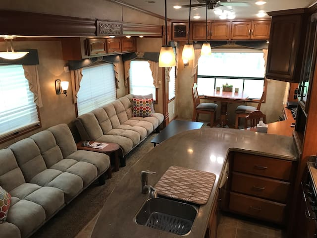 Moultrie的民宿