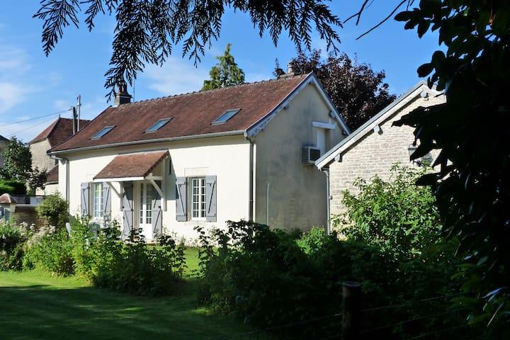 Montmartin-le-Haut的民宿