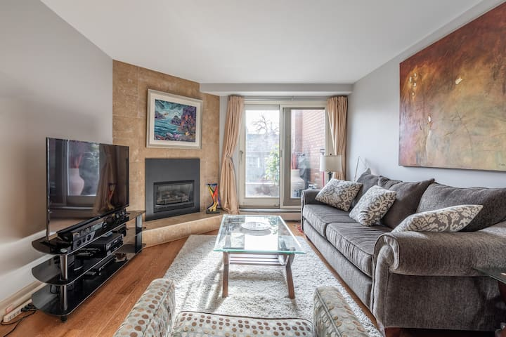 Inner City Condo - Calgary,  shared with one owner
