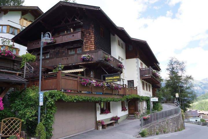 Sankt Anton am Arlberg的民宿