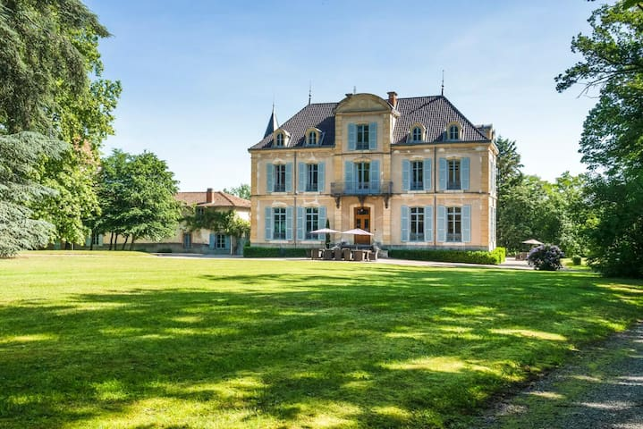 La Pacaudière的民宿