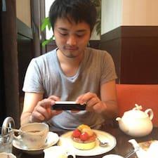 โพรไฟล์ผู้ใช้ Akihiko