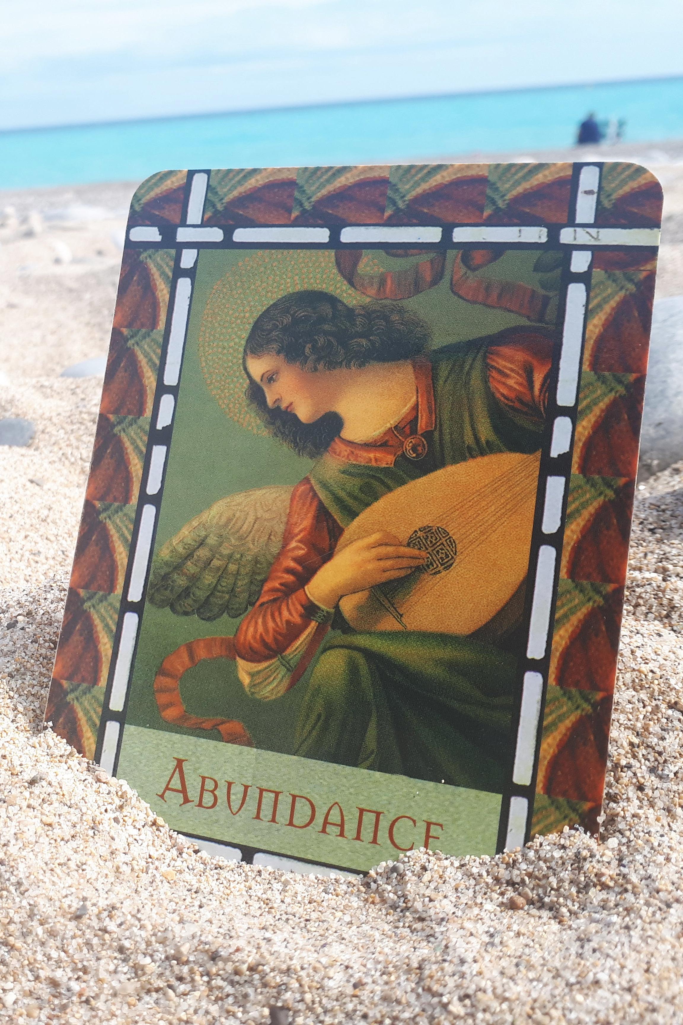 Learn the cards on the beach