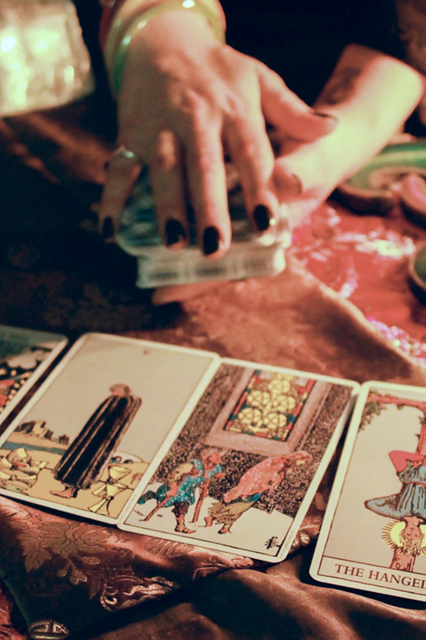 10 card Tarot spread per person