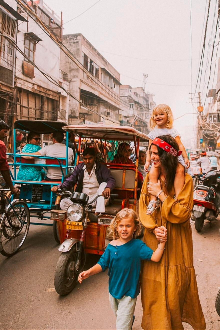 Walk through Busy market of Old Delhi