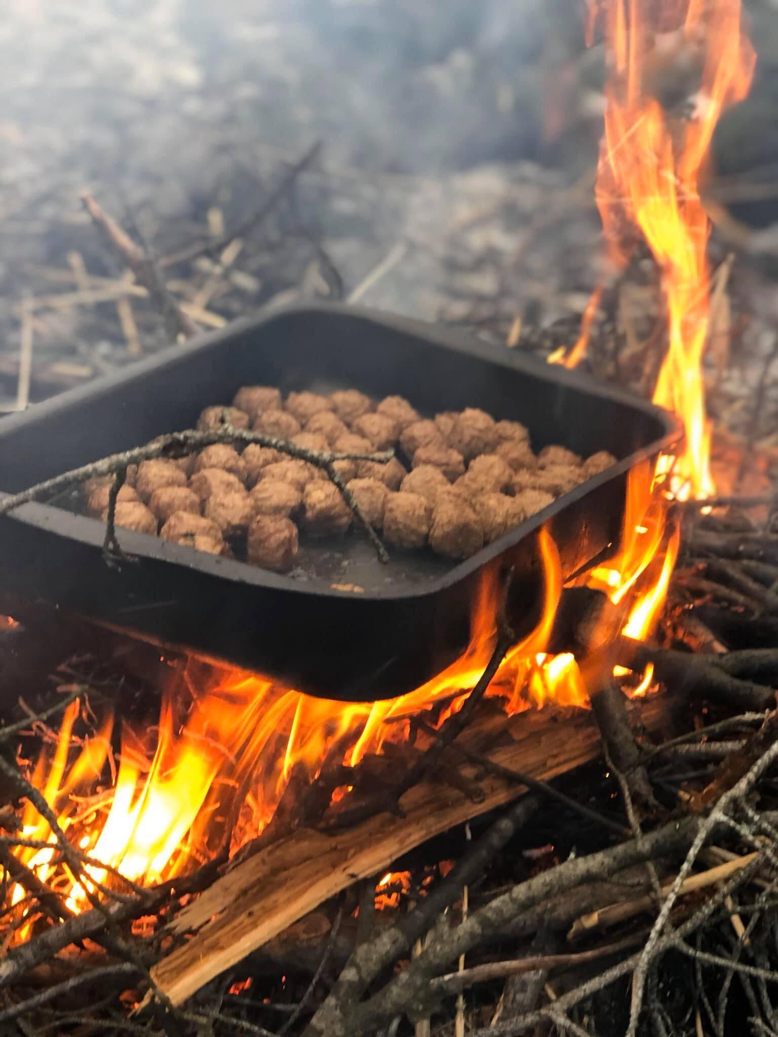 Organic Campfire Lunch