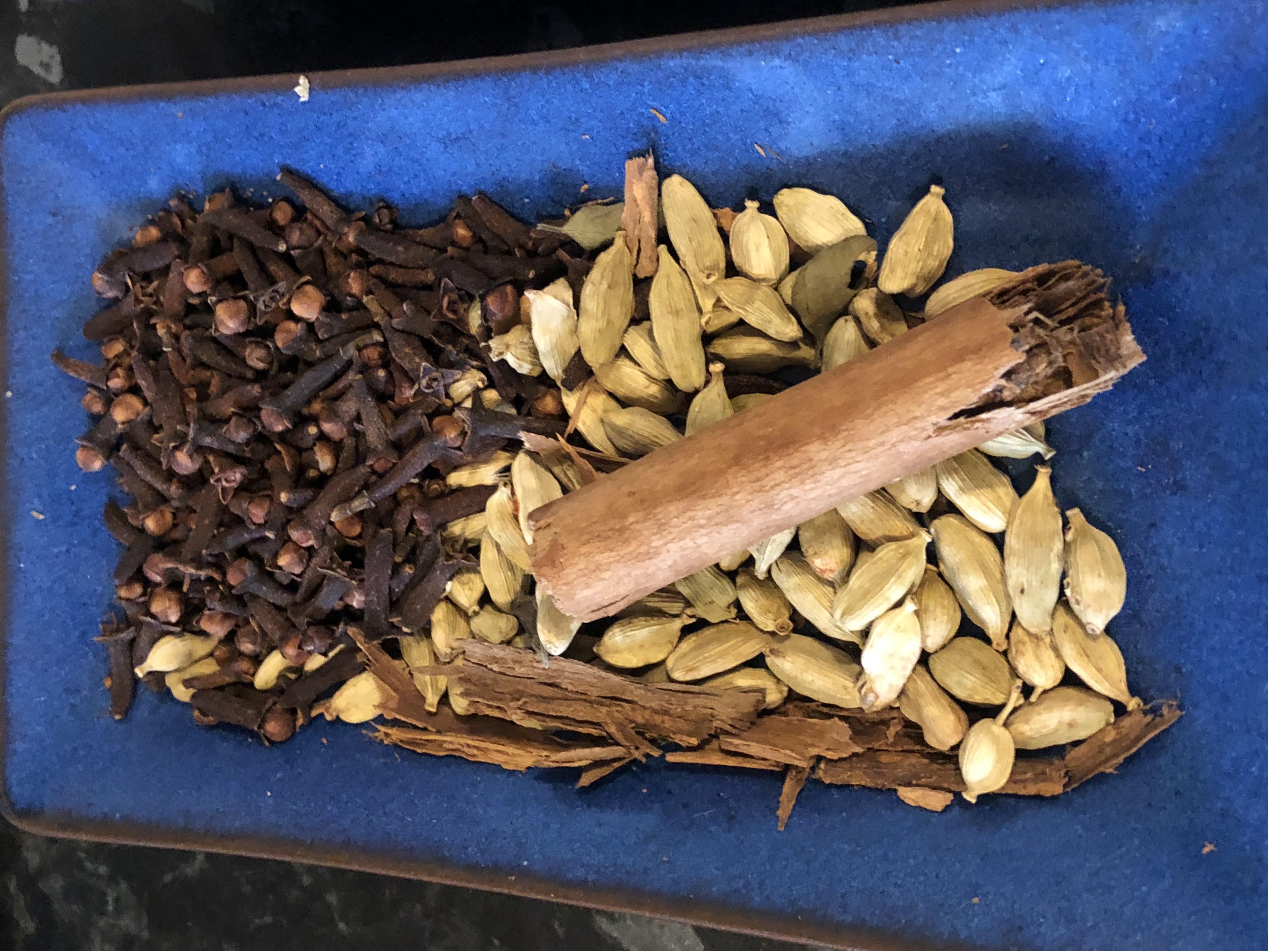Fundamental spices for Sri Lankan food