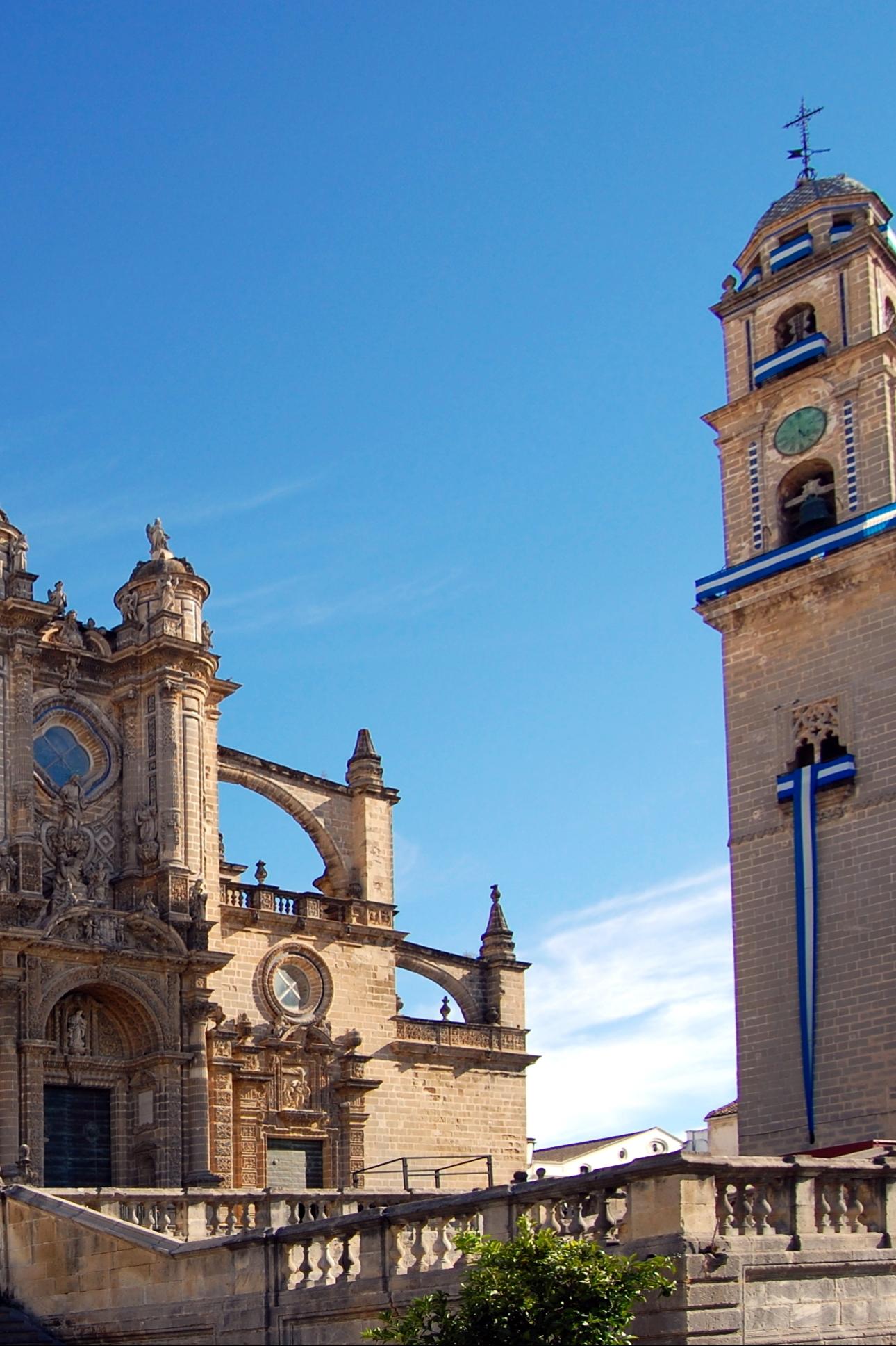 Catedral y Torre Campanario