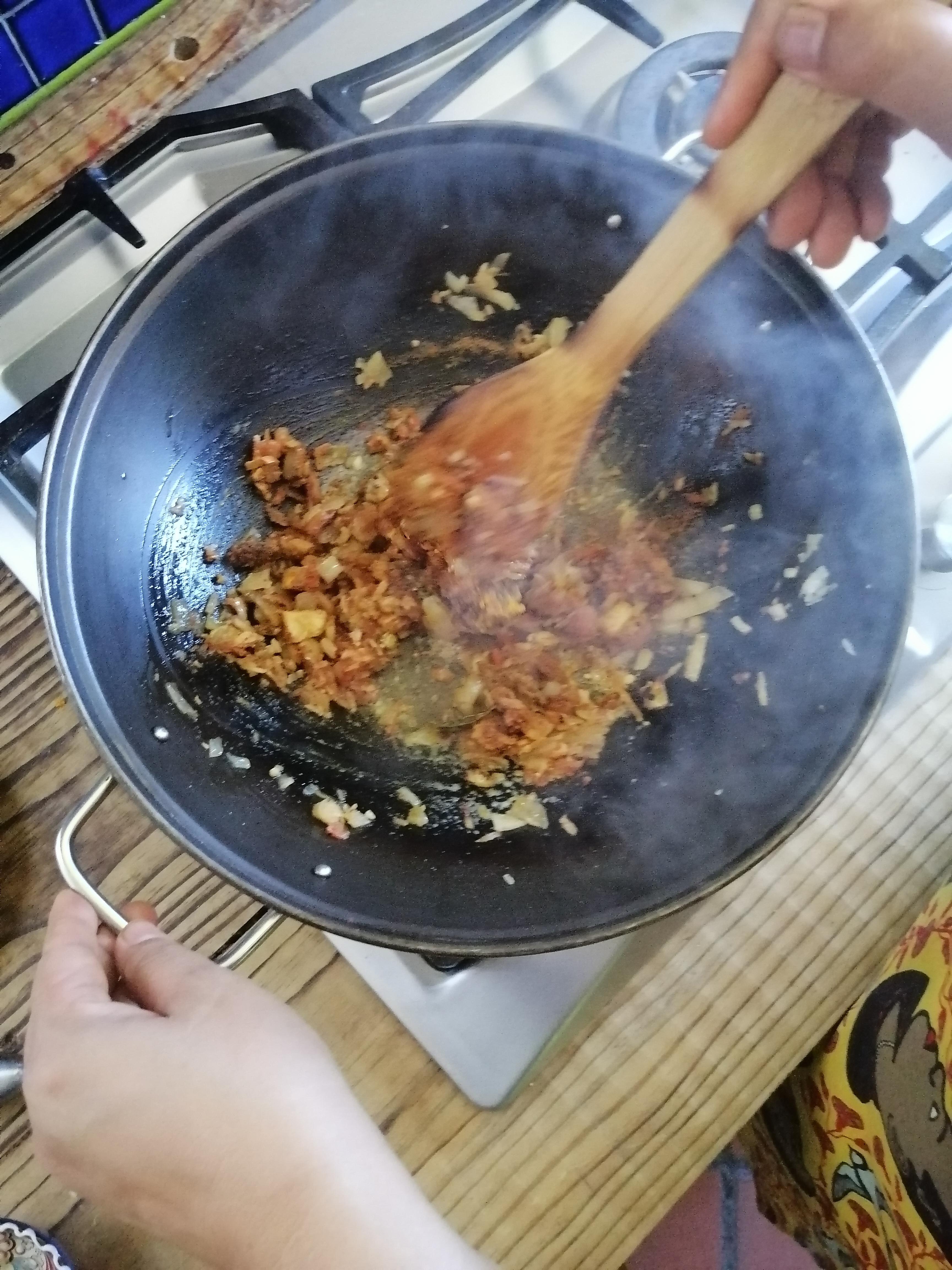 Make your own, unique curry paste