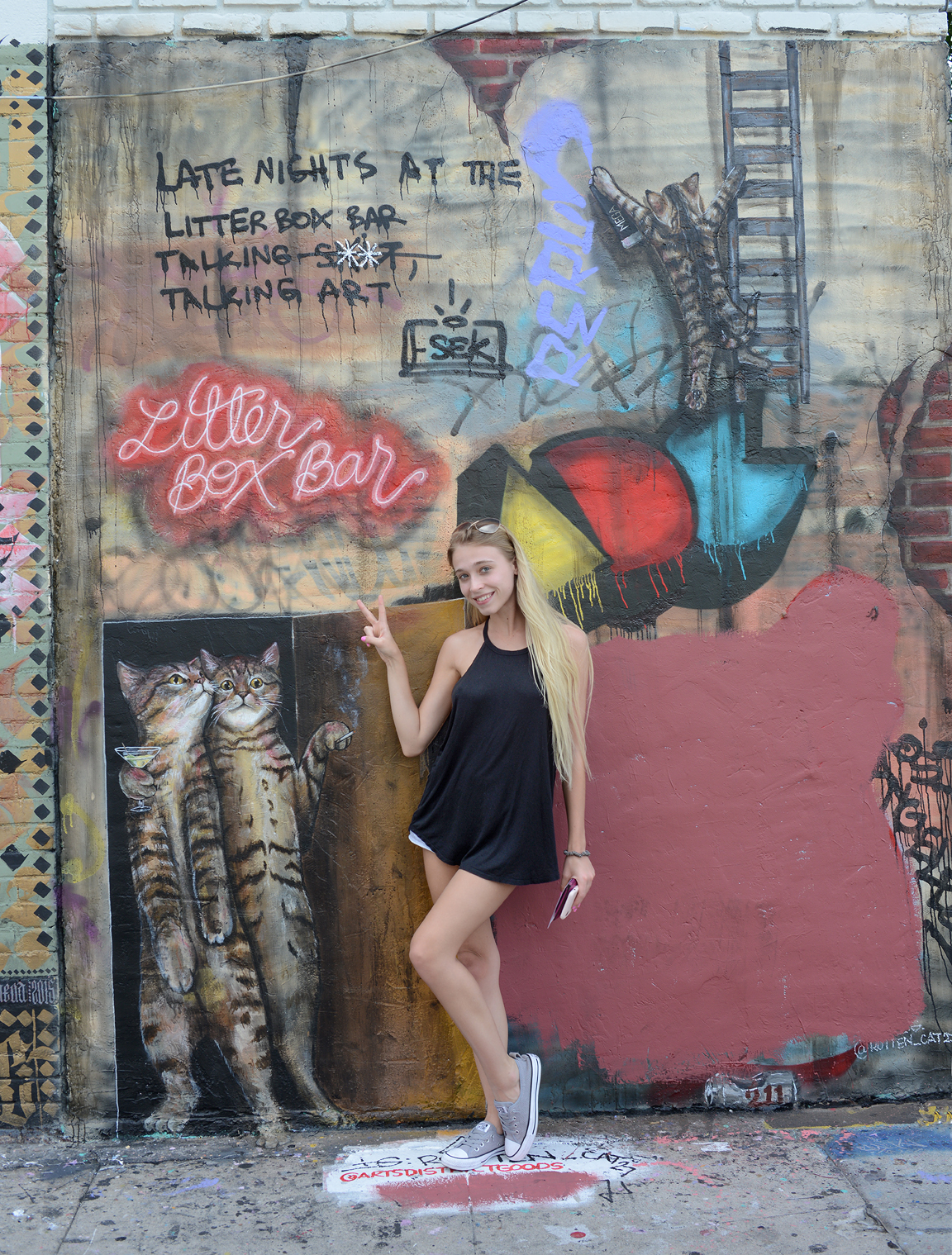 Photos with your favorite graffiti!