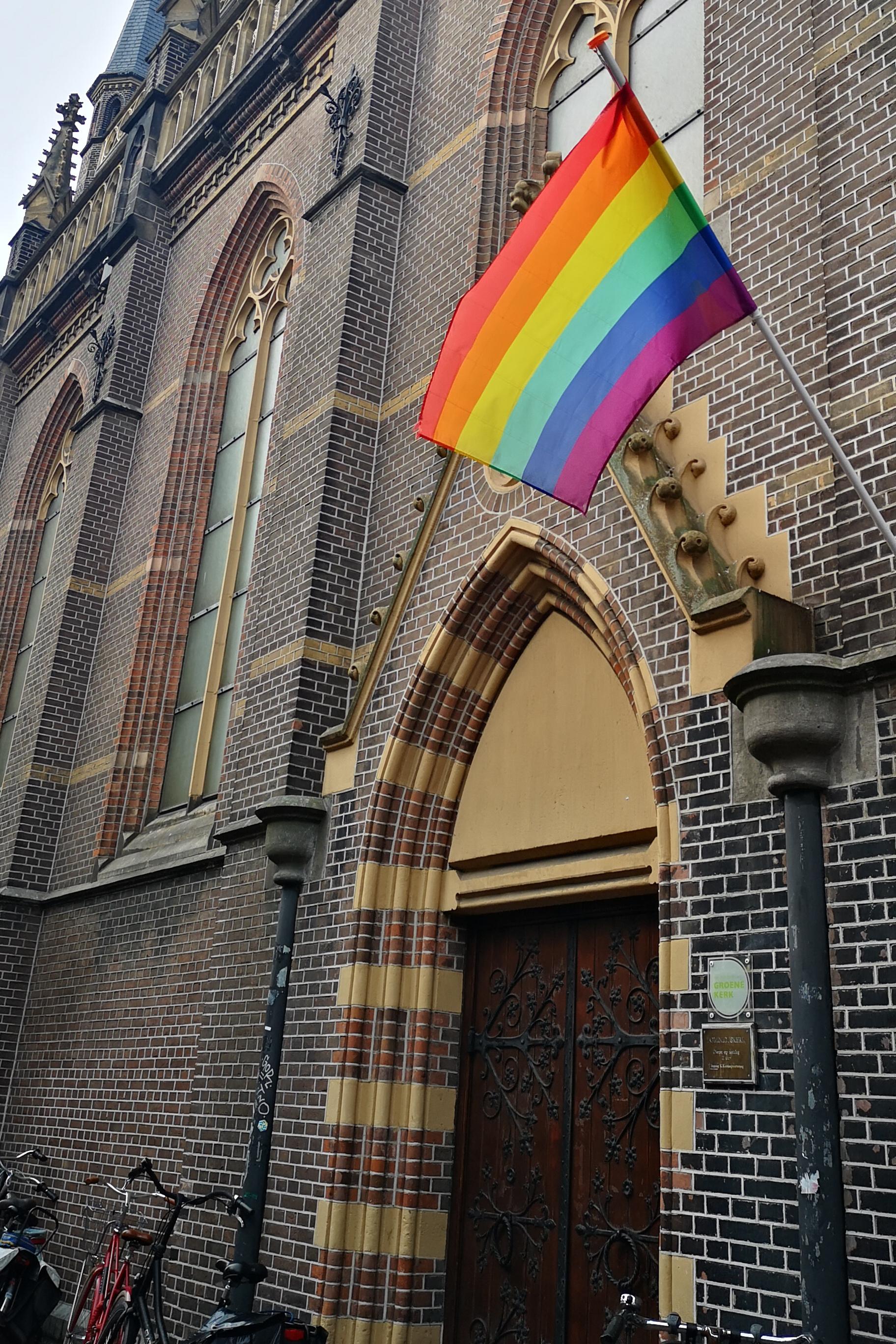 Все за равенство, даже католическая церь