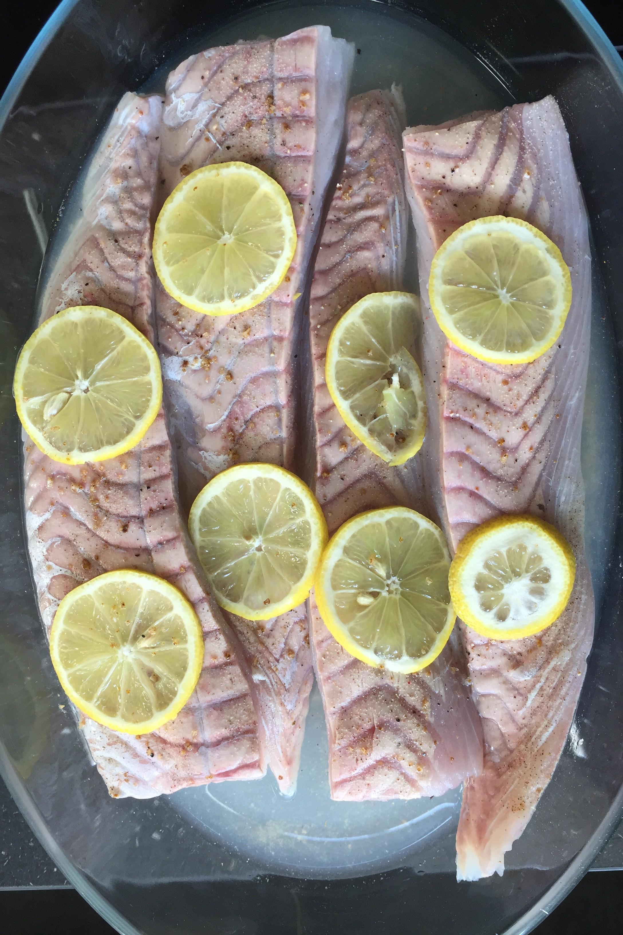 Lieu au pinot gris et au citron